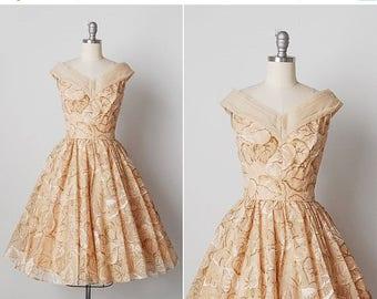 30% OFF SALE vintage 1950s dress / 50s leaf dress / 1950s evening gown / Feuille dress