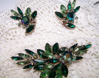 Emerald and Peridot Rhinestone Vintage Jewelry Demi Parure Flower 3D Navette Beautiful Colors Collectible Rare 50s Cocktail