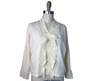 1910s Cotton Dobby Bow Front Tuxedo Ruffle Top in Ivory with Blue