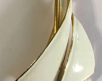 Vintage Crown Trifari Sailboat Enamel Large Gold Tone
