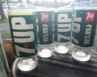Vintage 7 UP tall glasses set of 4
