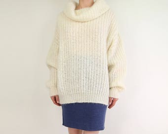 VINTAGE Sweater Mohair Turtleneck Chunky Knit Fuzzy Womens Large
