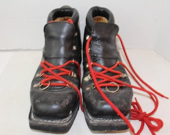 Vintage Black Vibram Norway Nordic Norm Cross Country Boots US 75mm