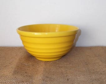 """Vintage 1930's or 1940's PADRE Pottery Yellow RInged Mixing Bowl-7-1/4"""" Diameter"""