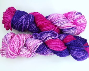 "Purple and pink merino bulky neon hand dyed yarn - Knitting me softly base, ""Lilacs and gooseberries"""