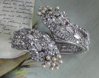 Ornate Vintage Art Deco Hinged Rhinestone & Pearl Clamper Bracelet    OD17