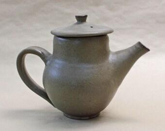 Gumnut Teapot