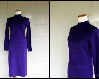 Vintage Dress / 1960s Wiggle Dress / Knit Wool Dress / Sweater Dress / Minimalist Purple Body Con