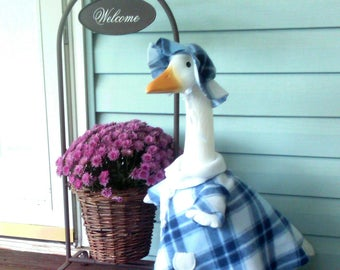 GOOSE CLOTHING - Winter Fleece Coat - Blue and White for your Plastic and Concrete Lawn Goose - 3 piece outfit