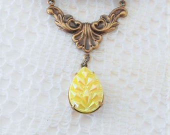 Yellow Necklace, Opalescent Necklace, Art Nouveau Necklace, Victorian Necklace, Iridescent Necklace, Yellow Aurora Borealis, Rare