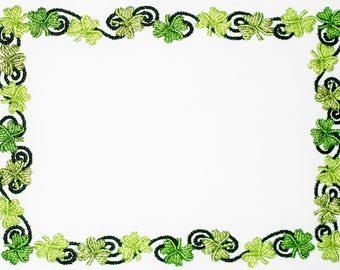 Shamrock clover Embroidered quilt label to customize with your message.