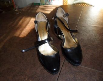 Vintage Black Leather Platform Heels Size 7