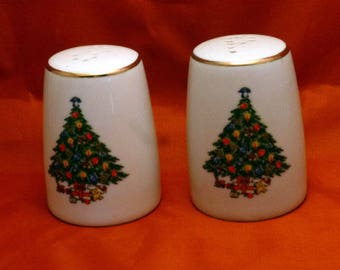 Vintage Jamestown China Christmas Treasure Salt and Pepper Shakers, 1980s