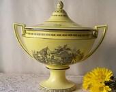 Vintage Mottahedeh Yellow Tureen Trophy Bowl Design Tureen Kitchen Decor Large Tureen Black Pen and Ink Style Scene Vintage 1970s