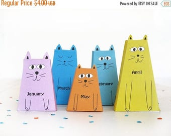 2017 CAT CALENDAR -12 little Cats and Kittens Paper Craft Kit- Diy-Paper Toy- Holidays décor-PRINTABLE pdf- New Year's  Ornament -