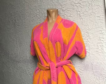 Vintage 60's Mod Psychedelic Terry Cover Up swim med.