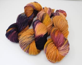 Autumn Oaks - Hand dyed yarn - 100% Wool Yarn - Worsted Weight - Home Spun Girls Yarns