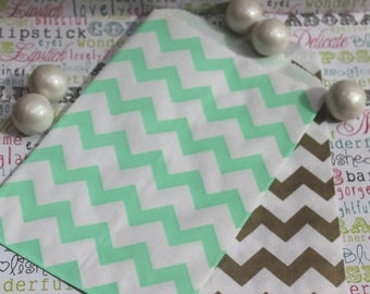 GLAMSALE 50 Gold and Mint Party Favor Bags in Chevron Design, Gold and Mint Wedding Candy Bags, Popcorn Bags, Favor Bags, Gift Bags - 25 ea.