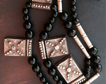 Silver Tuareg 5 x GriGri pieces with layered Ebonywood, Onyx Necklace & silver beads