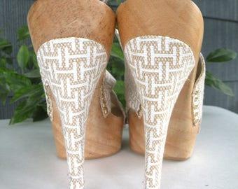 Halston High Heel Sandals BEIGE Wedding Shoes Designer Shoes Sexy Shoes Elegant Sandals Party Shoes Elegant Shoes Summer Shoes Womens Shoes