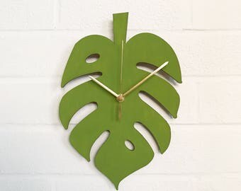 Monstera Clock | Cheese Plant Leaf Clock | Plant Lady Gift | Handmade Wooden Clock | Hand Painted Kitchen Clock | Gifts For Her | Gifts For