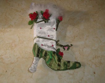 retired patience brewster department 56 christmas tree ornament stocking red roses