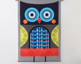 Graphic owl, fabric, wall hanging, Ellen Giggenbach