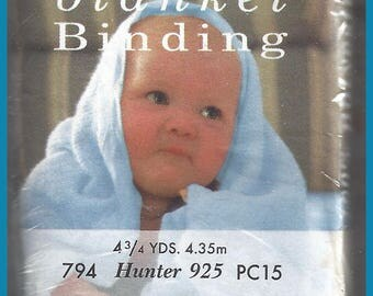 BLANKET BINDING Hunter Green 794 925 PC15  4.75 Yards Satin Polyester