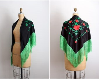 Vintage Bohemian Floral embroidered Spanish Mantilla / Piano Shawl / Boho Wedding Shawl / One size