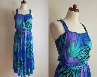 Vintage Dress - 1970's Sundress with Tropical Print - Size S-M