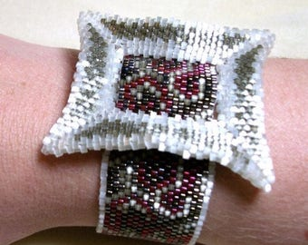 CLEARANCE SALE Swirly Buckle Cuff Bracelet - Red, Khaki, and Cream Beadwork