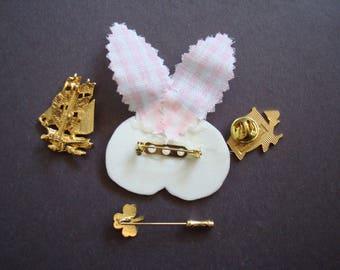 Lot of 4  pins  ONE PRICE for the group, condition is like new. please See description for details