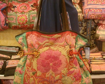Tote/vintage -Tribal-Handmade Ethnic Hmong Bag 006