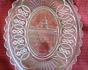 Centennial 1876 Glass Bread Tray Platter EAPG Independence Hall