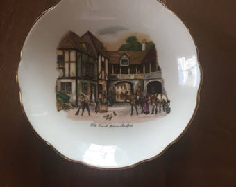 Regency Bone China Plate Old Coach House Straford, England