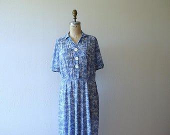 1940s dress . blue and white fern print dress