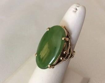 Fabulous Vintage 14k.Gold Ring with Huge Green Translucent A Jadeite Jade sz.8