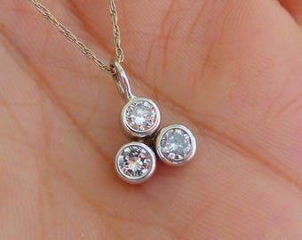 14k Sparkly Trinity bezel diamond solitaire cluster pendant necklace. Big diamonds.