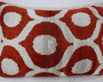 Silk Velvet Ikat Pillow Cover Lp404, Bohemian pillow, Velvet Ikat Pillow, Velvet Pillow, Velvet Pillow Cover, Ikat Pillows, Throw Pillows