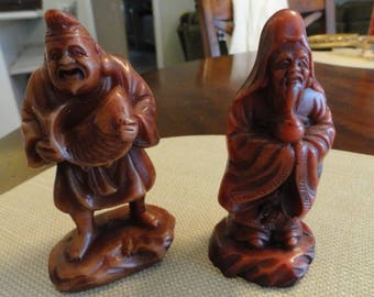 D193)  Vintage 2 Chinese Wise Men Figures acrylic