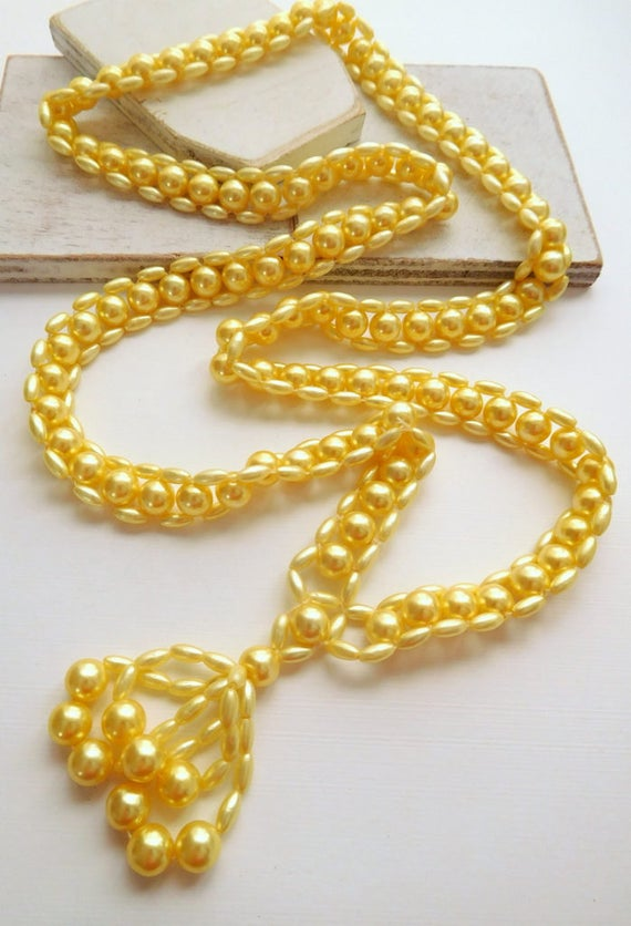 Vintage Wide Bright Butter Yellow Bead Long Tassel Women's Necklace X19