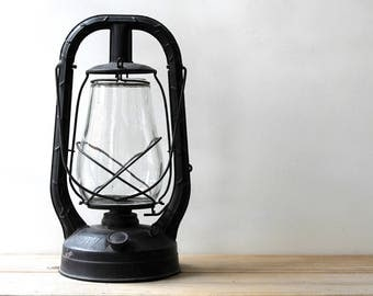 Farm rustic decor vintage Dietz lantern / black metal Monarch lantern / primitive style home decor / cabin country cottage chic home decor