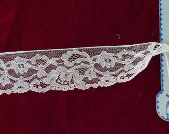 Vintage Alencon Type Lace