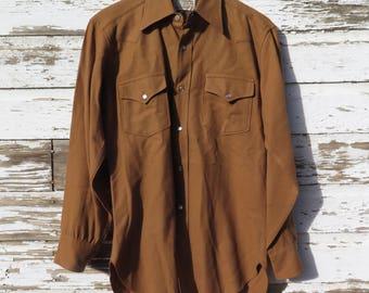 Pendleton Snap Shirt Men's M to L Camel Brown High Grade Western Wear 100% Virgin Wool Snap Pockets Cuffs 1970 Vintage Western Cowboy Shirt