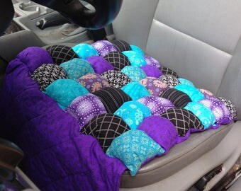 Car Seat Cushion Bubble Quilt Style with Leg Protection Panel for Hot Weather and Tuck Flap to Hold in Place