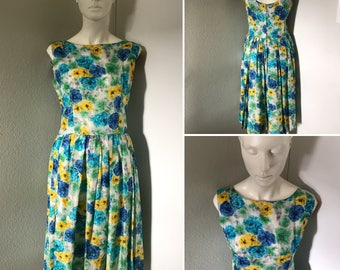 Vintage 50s dress blue floral silk dress garden party like Marilyn Monroe housewife rockabilly pinup doll bombshell