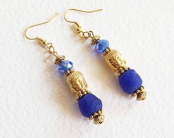 Boucles d'Oreilles Zen - Le Bouddha Bleu - Perles Pâte de Verre Artisanales et Perles Tibétaines  - Bijou créateur, pièce unique