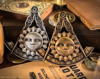 Past Master Freemason Masonic Emblem