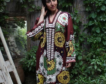 60 x 43 Dress Vintage Dress Suzani Dress Embroidered Dress Vintage Costume Suzani Robe FAST SHIPMENT with UPS - 10493