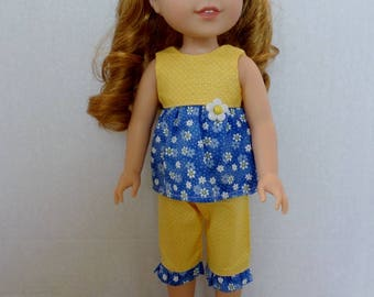 Blue and Yellow Daisy summer capris and top American made to fir 14 1/2 inch Wellie Wisher dolls.